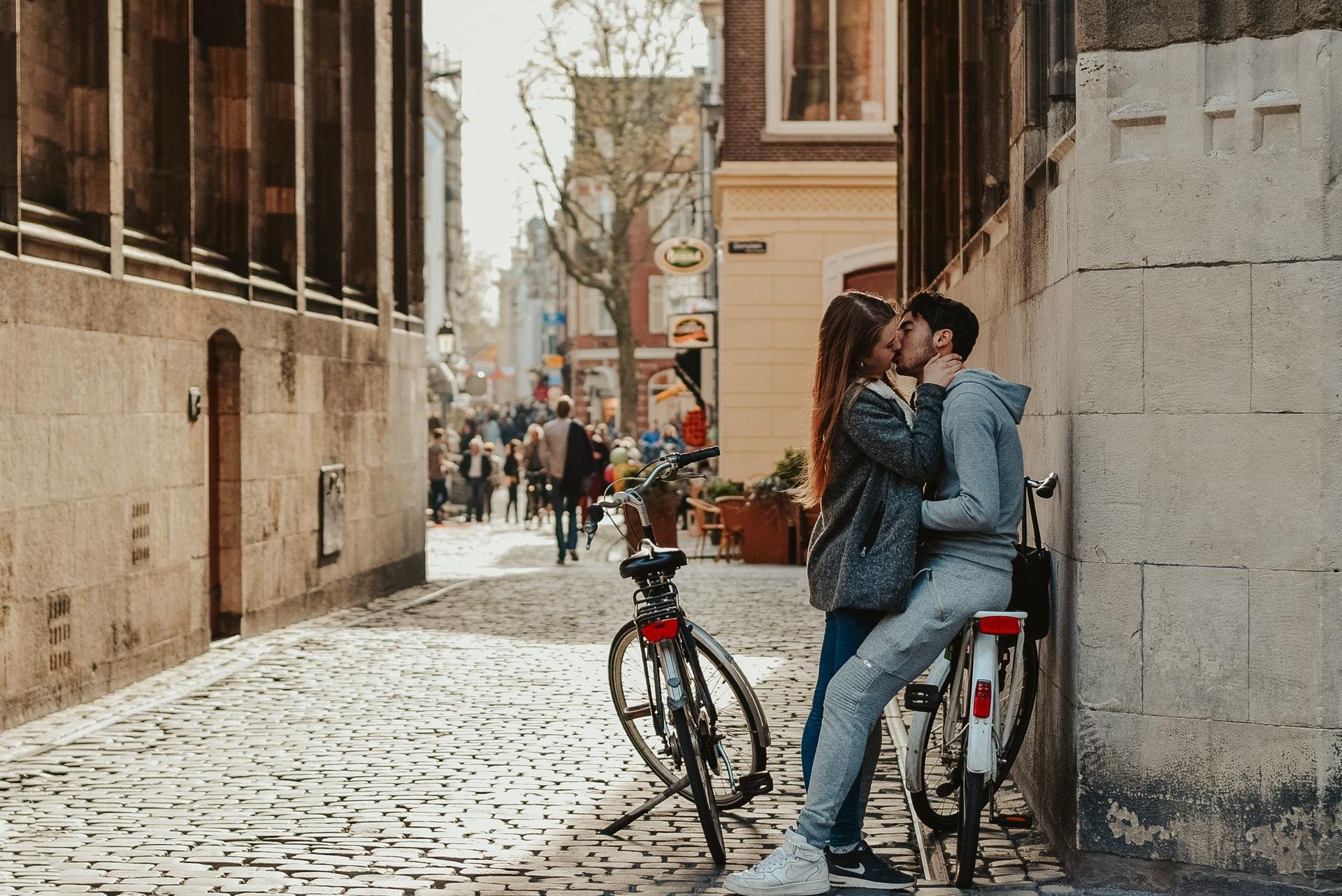 dates-romantiques-originaux-header