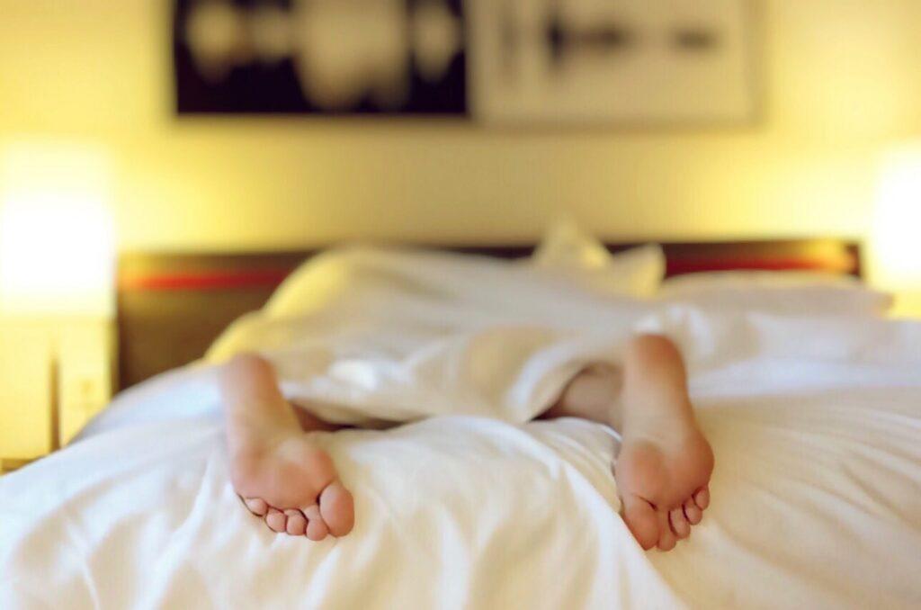 Illustration de l'article Les pranks en couple à faire (ou pas) section sommeil